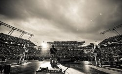 5.4.13 - Columbia, SC - Kenny Chesney's 'No Shoes Nation' Tour -  Photo by Southern Reel